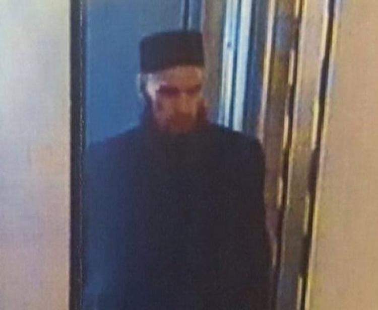 Ваххабит с бородой с фотографий из петербургского метро оказался капитаном ВДВ