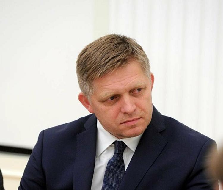 Премьер Словакии призвал не забывать, кто освободил Европу от фашизма