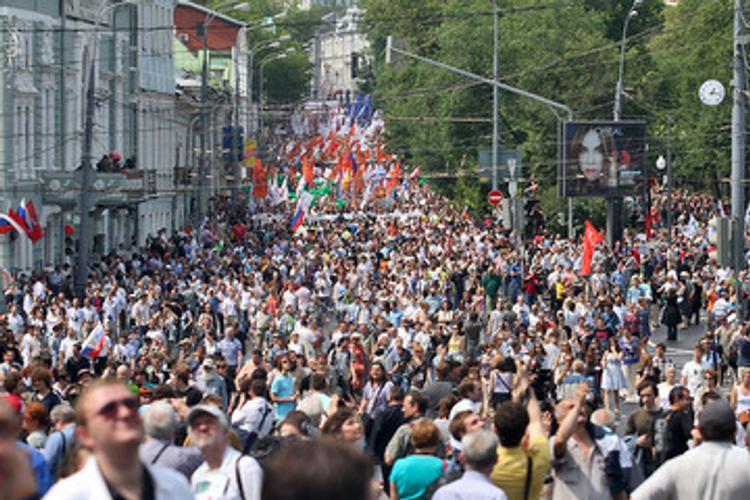 Кремль поручил провести 8 апреля в регионах всеобщие митинги против террора