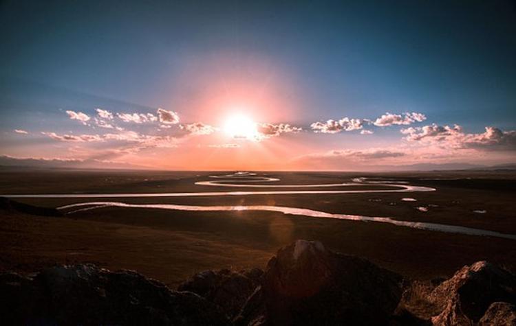 На Солнце зафиксированы три мощные вспышки