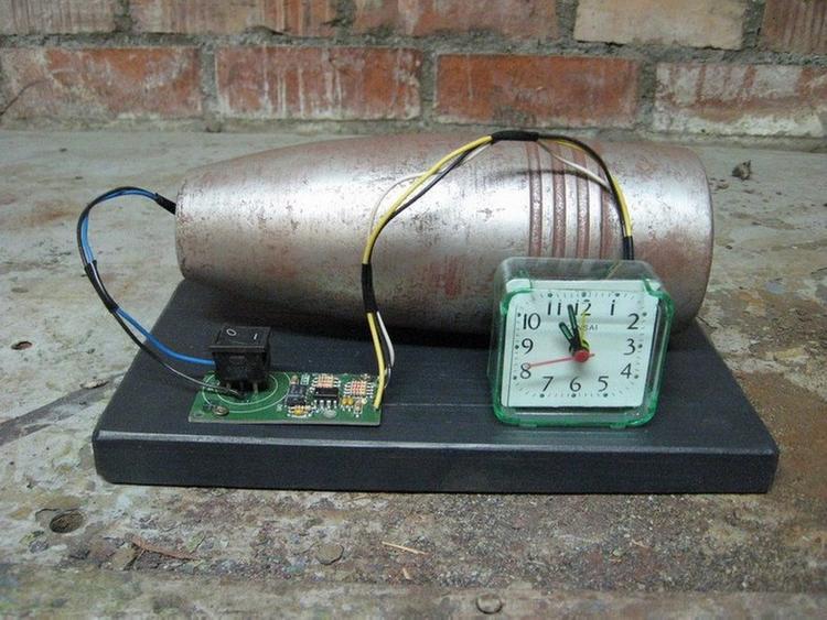 Третья бомба? В жилом доме в Петербурге нашли возможное взрывное устройство