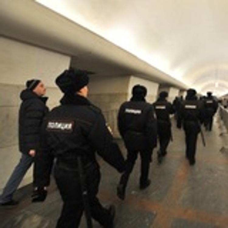 С Казанского вокзала в Москве эвакуировали тысячу человек