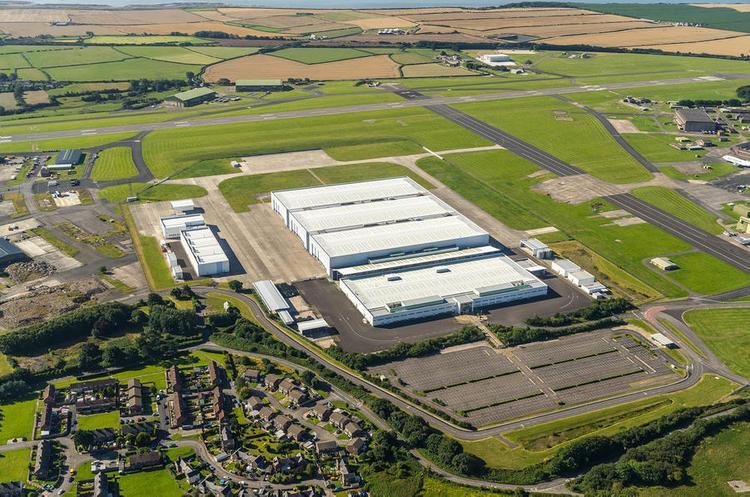 Aston Martin построил завод на бывшей военной базе ВВС