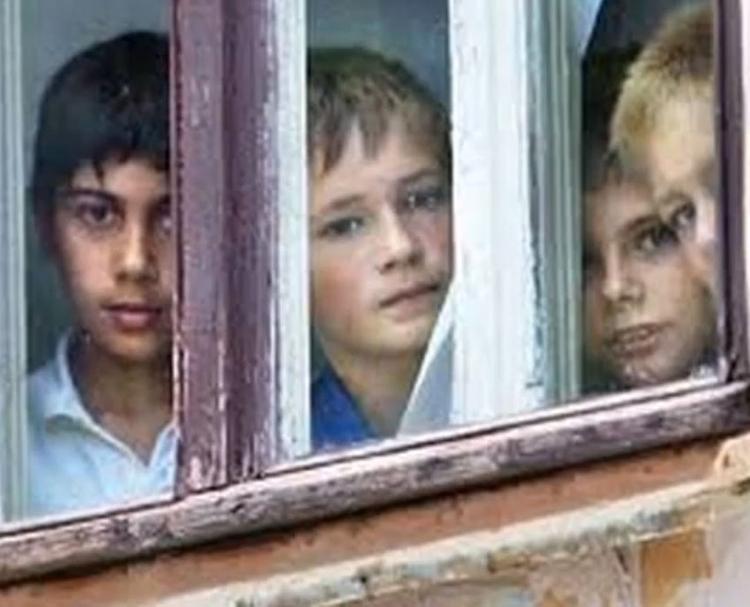 Семеро ребятишек, от которых отказались опекуны, вернулись в Калининград