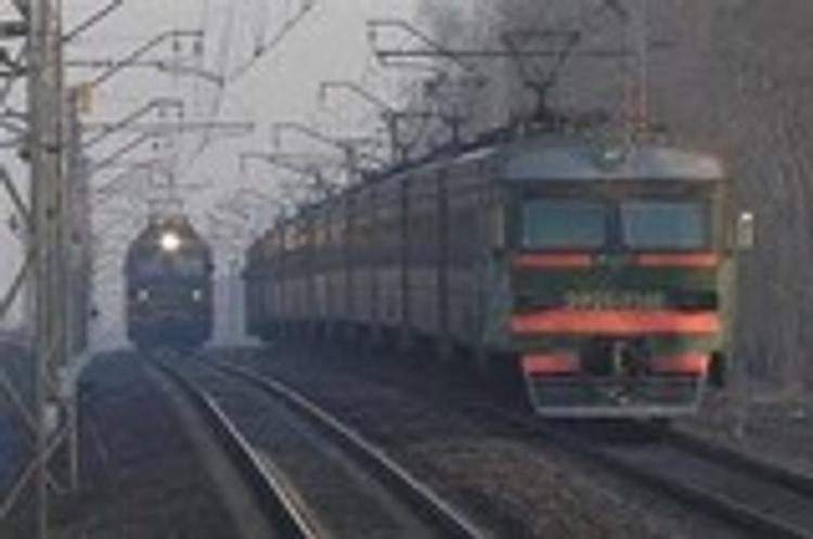 По версии следствия, поезд столкнулся с электричкой из-за отказа тормозов