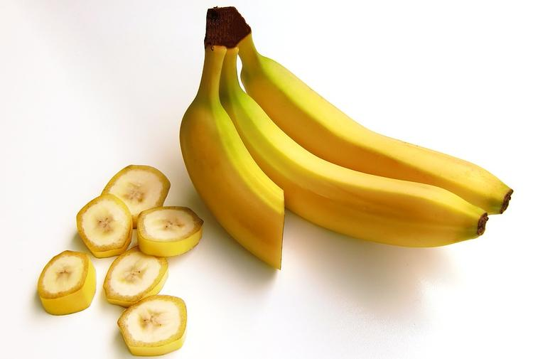 Врачи рассказали о вреде бананов