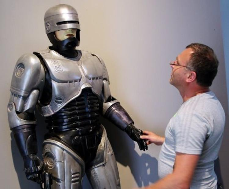 В Австралии разработали робота-полицейского