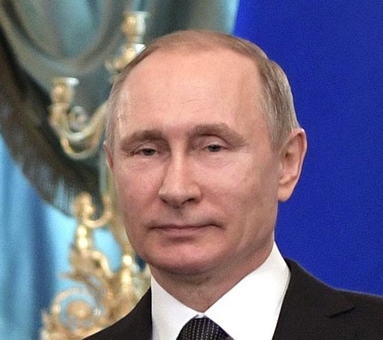 Глава МИД Киргизии получил от Путина орден Дружбы