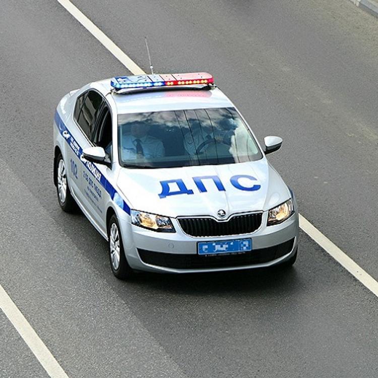 Пьяный водитель под Тверью сбил инспектора ГИБДД