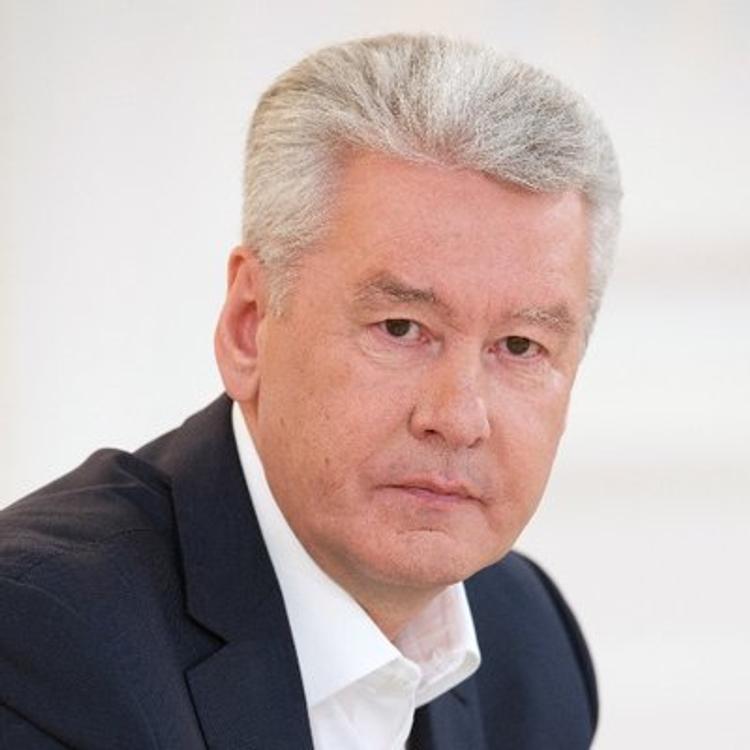 """Собянин назвал  """"уткой"""" информацию о деревянных домах в Москве вместо пятиэтажек"""