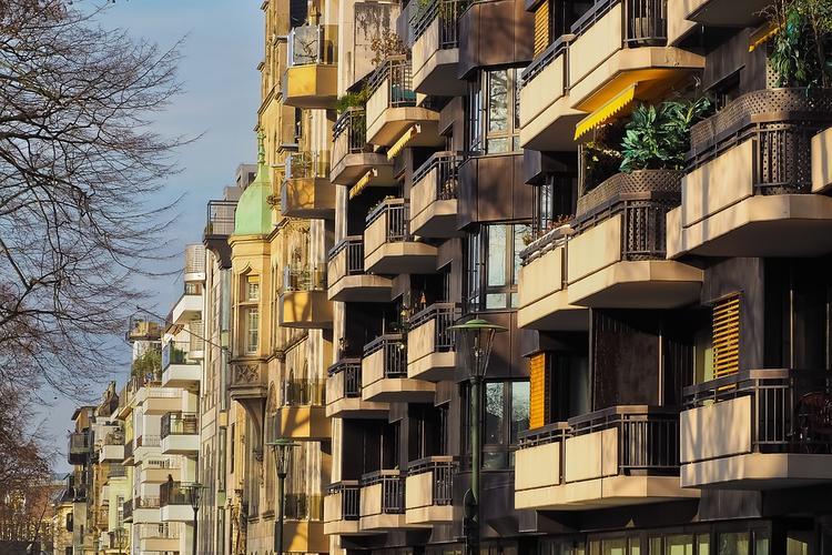 Академик Бочаров выступает за реконструкцию московских хрущевок