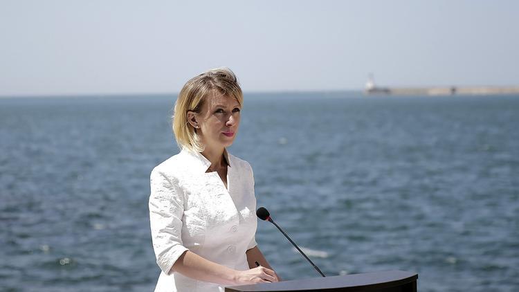 Захарова назвала присоединение Крыма примером наивысшей демократии