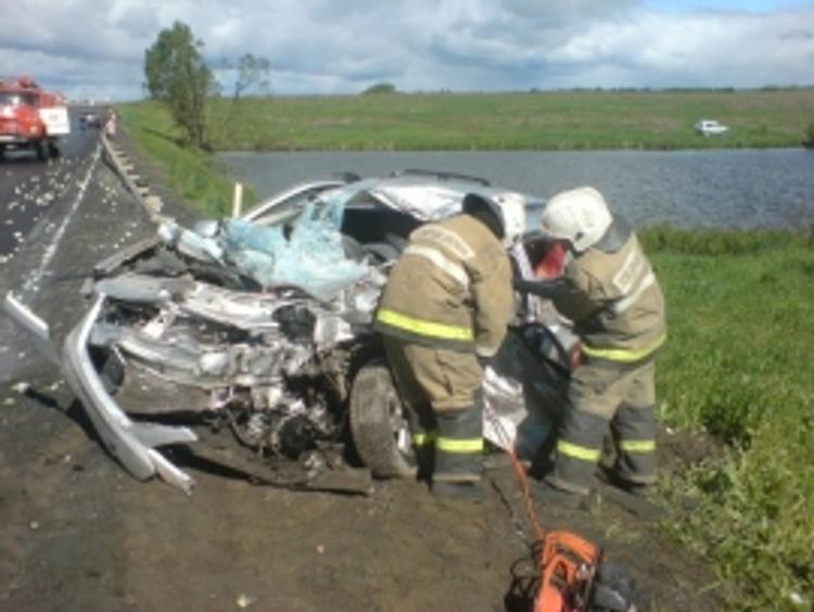 На трассе М-6 под Рязанью столкнулись автобус и легковушка, есть жертвы