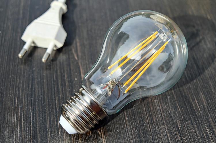 Почти 40 тысяч жителей Свердловской области остались без света из-за непогоды