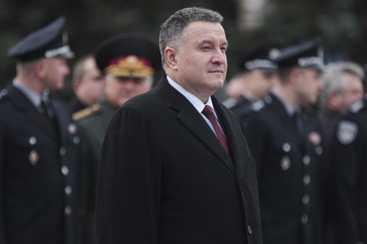 Аваков рассказал о новой жесткой линии поведения украинской полиции