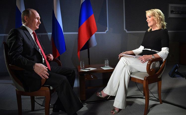 Путин на вопросы о коррупции  и демократии посоветовал «не учить Россию жить»