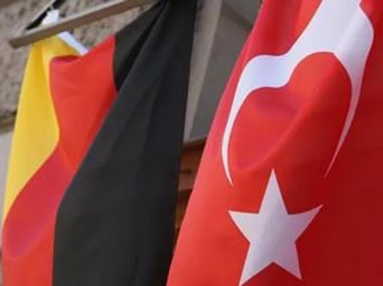 Премьер-министр Турции отменил встречу с главой МИД Германии. Слишком занят