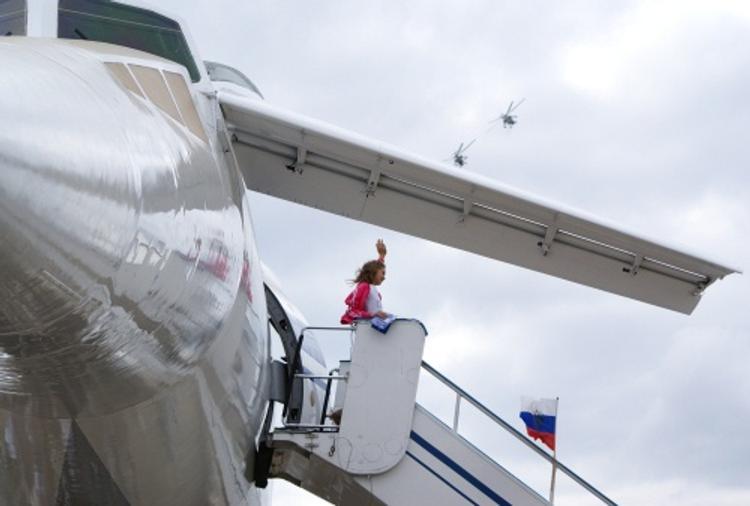 В Австралии пассажиры выпрыгнули из самолета: боялись взрыва
