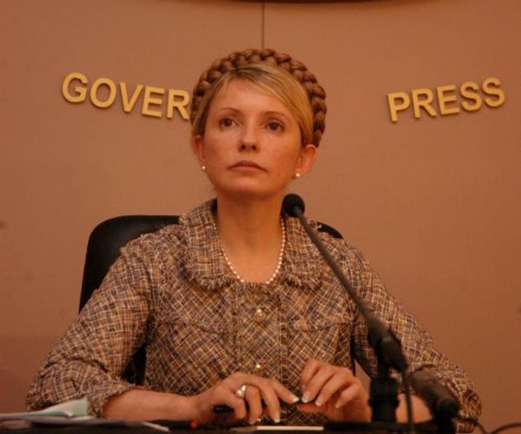 Тимошенко: Петр Порошенко зарабатывает на войне в Донбассе