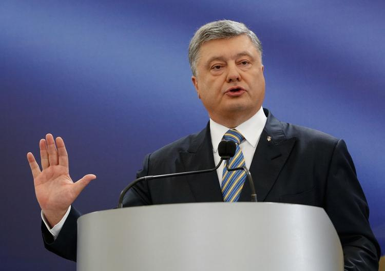 Порошенко подписал закон о языковых квотах на украинском телевидении