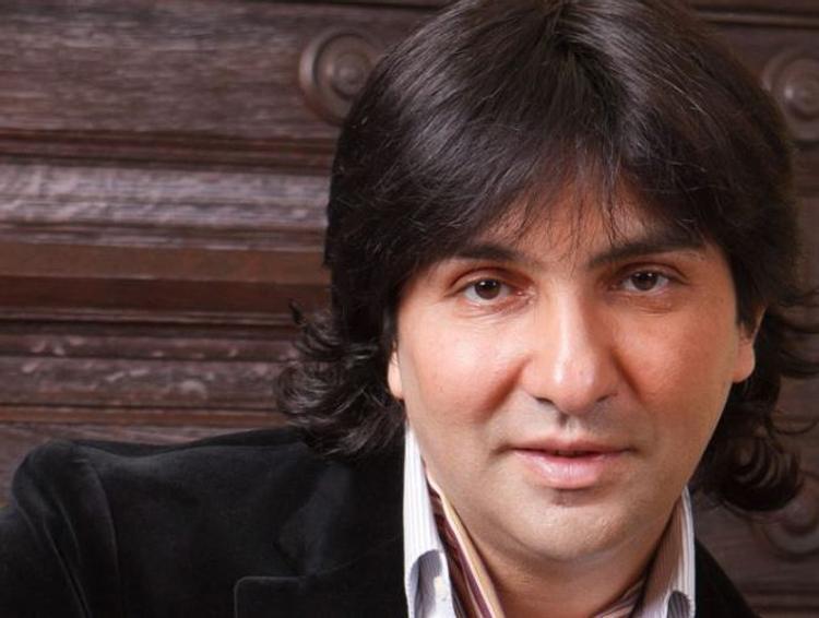 Известный цыганский певец попал в аварию перед концертом