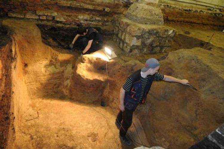 Археологи откопали в Великом Новгороде древний логистический пункт