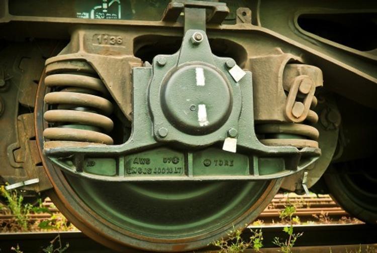 На Курском вокзале в Москве сошел с рельсов вагон электрички