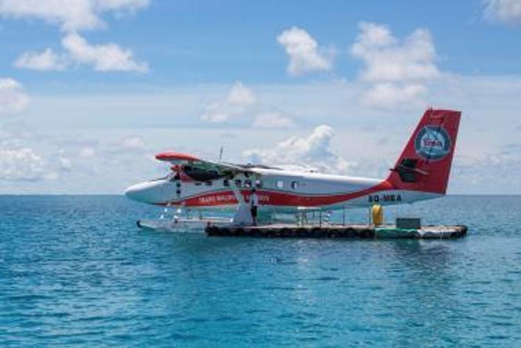 Под Иркутском самолет утонул в озере