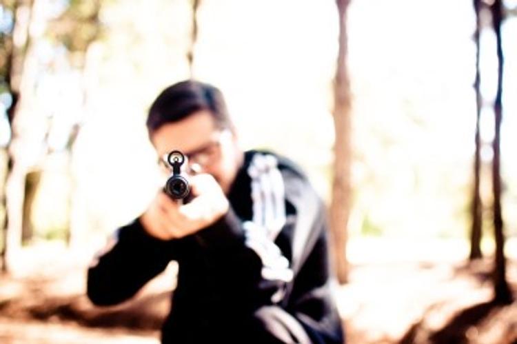 Иркутский пенсионер застрелил на охоте двоих мужчин