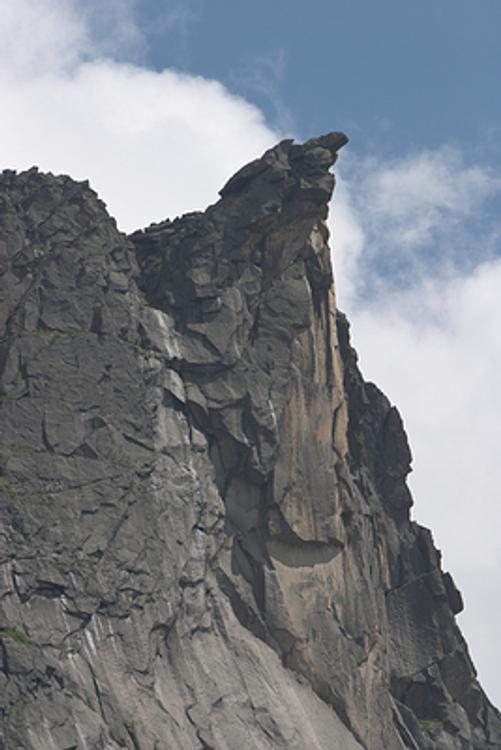 Туристка, отдыхая на Аршане, сорвалась со скалы и четыре дня ждала помощи