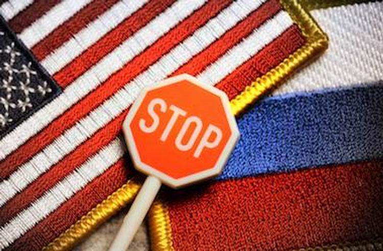 Кладбищенская стратегия, или За кулисами санкций