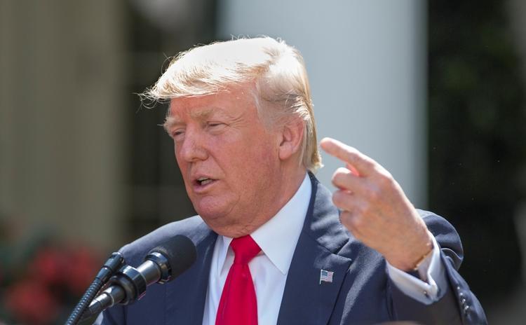 Трамп нашел в подписанном им законе о санкциях «неконституционные меры»