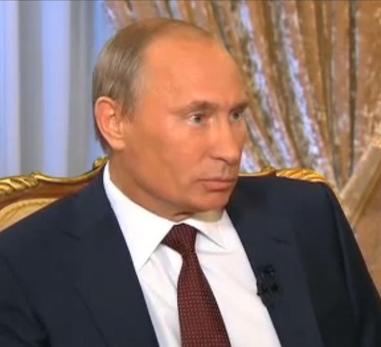 Путин заявил, что власти не будут давать указаний Роснефти и Газпрому
