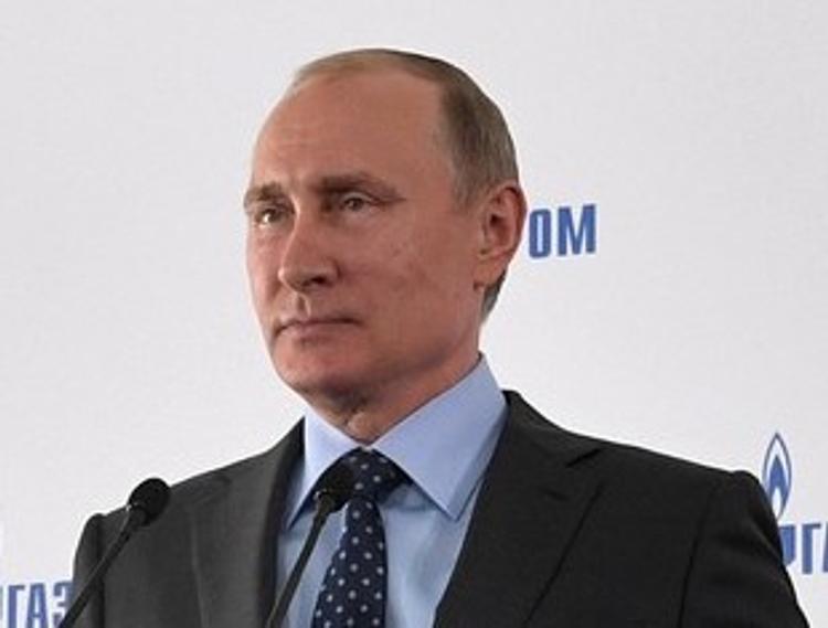 Владимир Путин подумает, стоит ли ему баллотироваться на выборах 2018 года