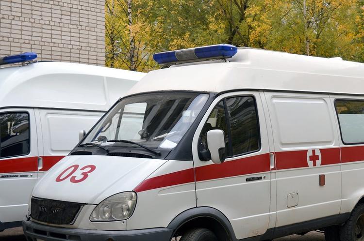 Безработный мужчина выпал из окна девятого этажа в Санкт-Петербурге