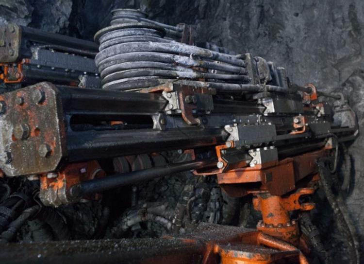 """Алроса: с пропавшими горняками шахты """"Мир"""" установлена связь"""