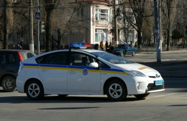 На Украине пациент психбольницы взял в заложники персонал и больных (ВИДЕО)
