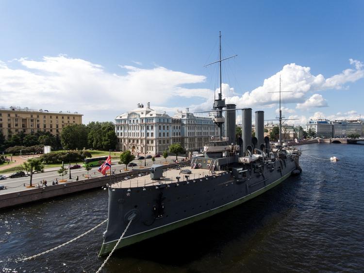 «Аврора» не выстрелит в день 100-летия Великого Октября