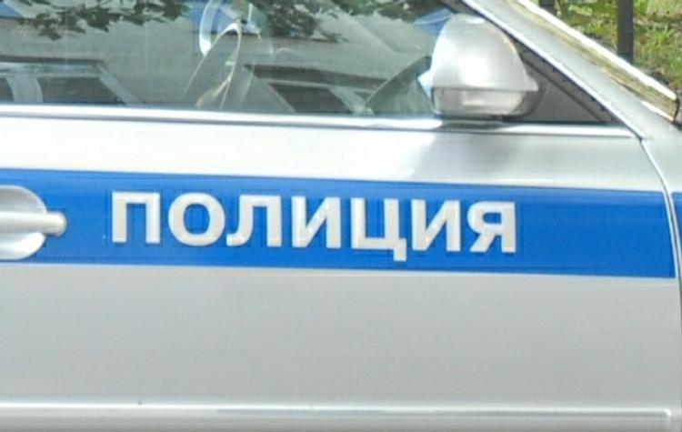 Автомобилист протаранил полицейскую машину в центре Екатеринбурга