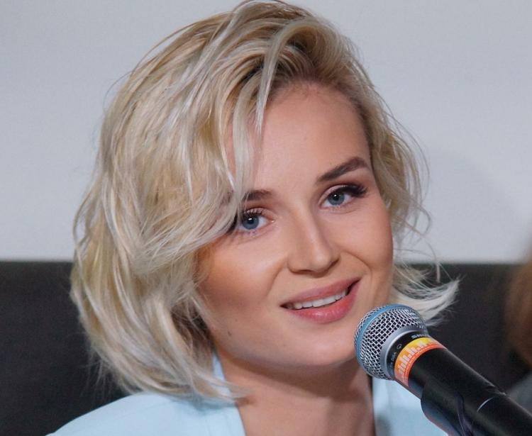 Полина Гагарина рассказала, что поменяла имя маленькой дочери