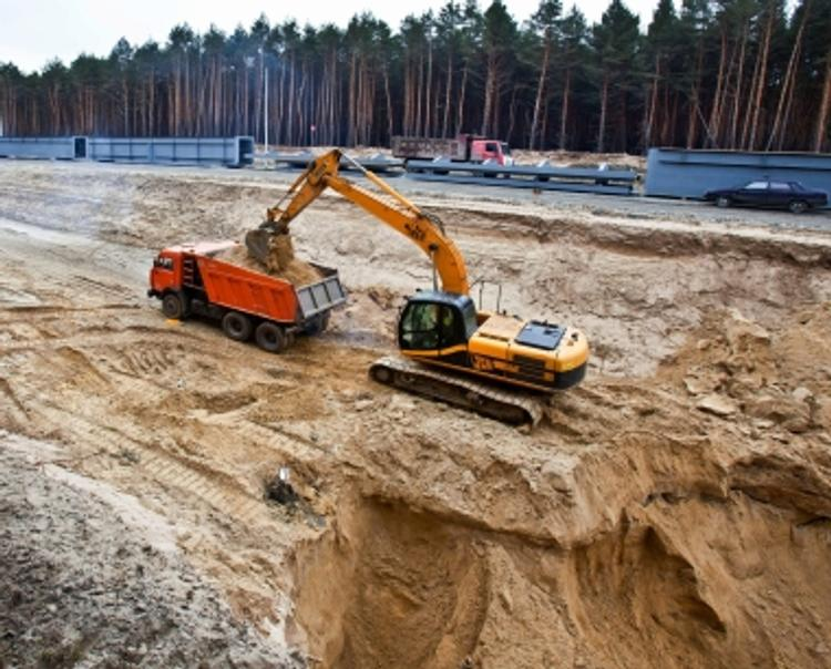 Под Волгоградом в песчаном карьере засыпало мальчика 3 лет