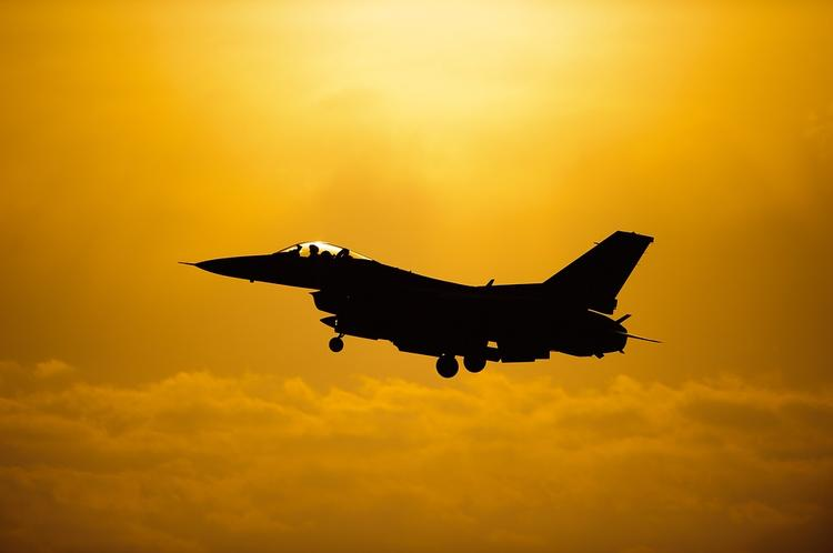 Появившиеся у границ Литвы российские самолеты испугали НАТО