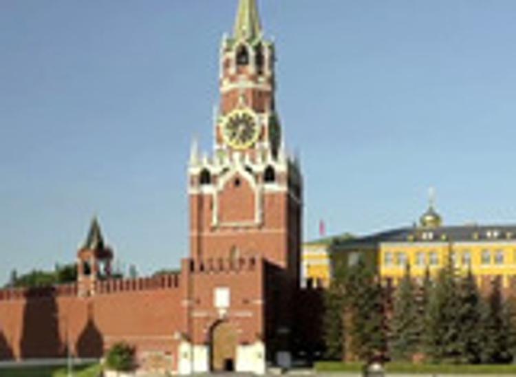 Иностранная туристка скончалась во время экскурсии по Московскому Кремлю