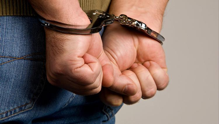 В Москве задержали молодого мужчину, открывшего из BMW стрельбу из автомата