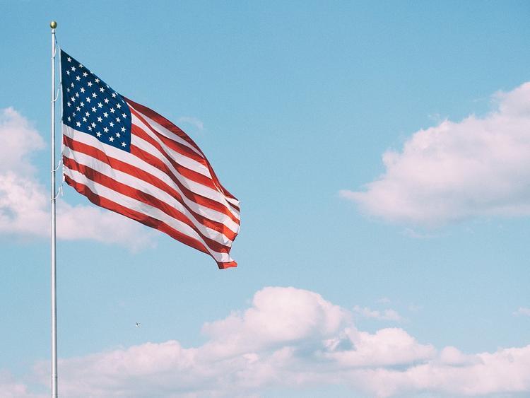 Проведение визовых собеседований возобновило посольство США в России