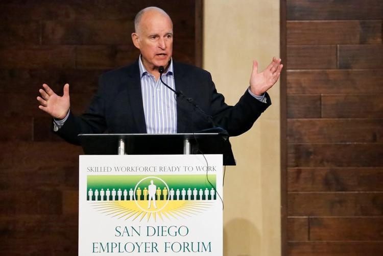 Губернатор Калифорнии высказался о закрытии российского консульства