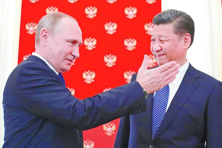 Пекин первым приклеил Трампу ярлык «сумасшедшего»