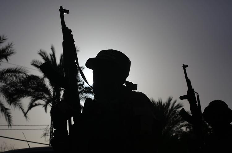 Источник: США эвакуировали из Дейр-эз-Зора 20 главарей ИГ