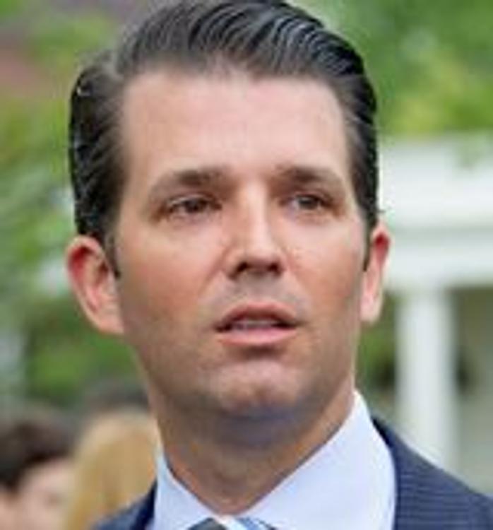 Сын Трампа сказал, какие данные на Клинтон хотел получить от адвоката из России