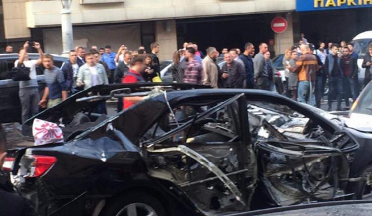 В центре Киева снова взорвался автомобиль